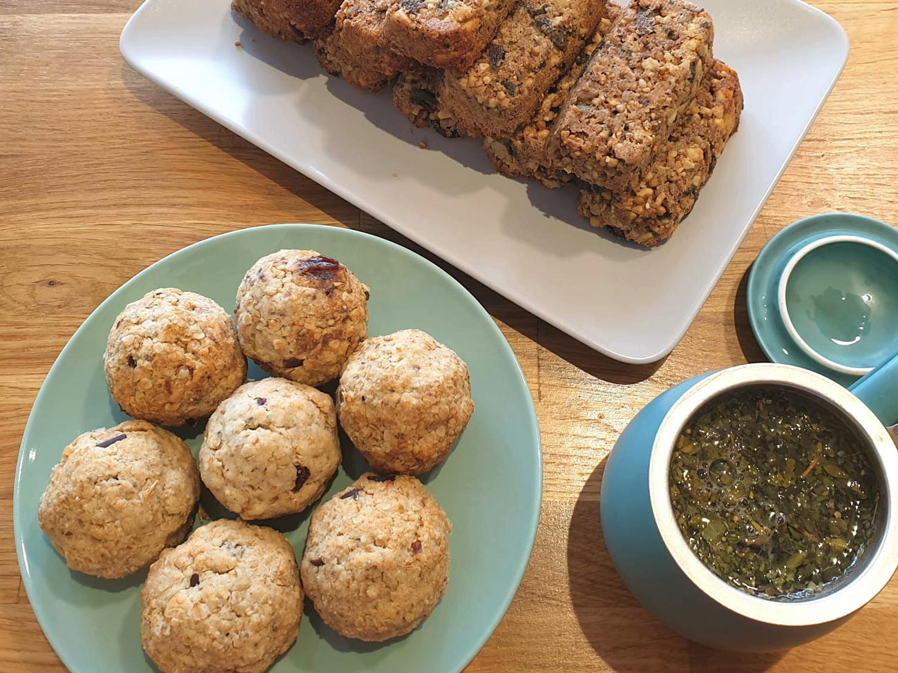 Café Aum, studio de yoga, café et restaurant à Issy-Les-Moulineaux : pâtisseries pour le goûter